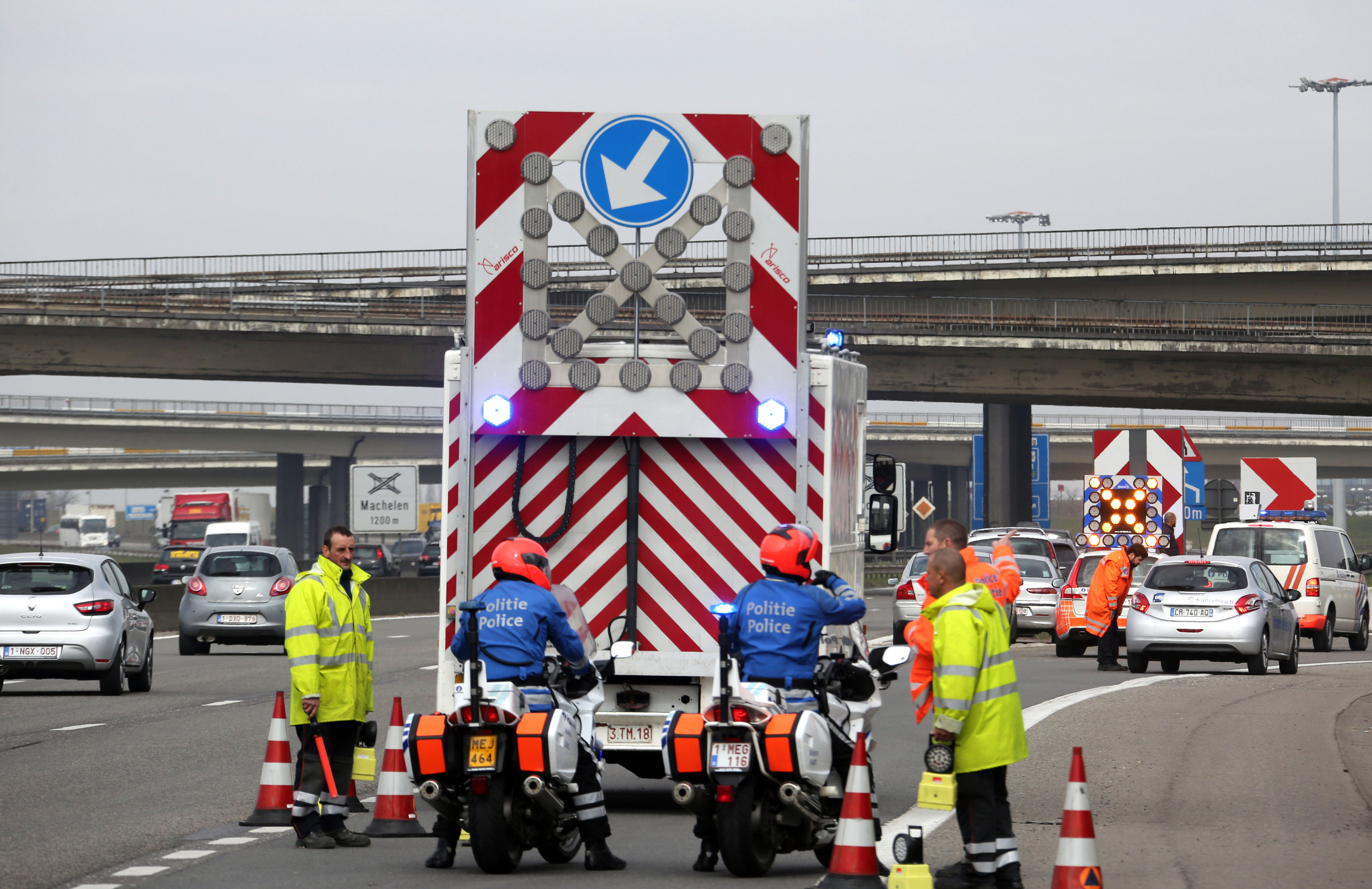 the issue of terrorism and fatal terrorist attack in brussels With bombs set off in the airport and the subway system, the deadly islamic state attacks on brussels have struck the heart of the european union belgium, once the.