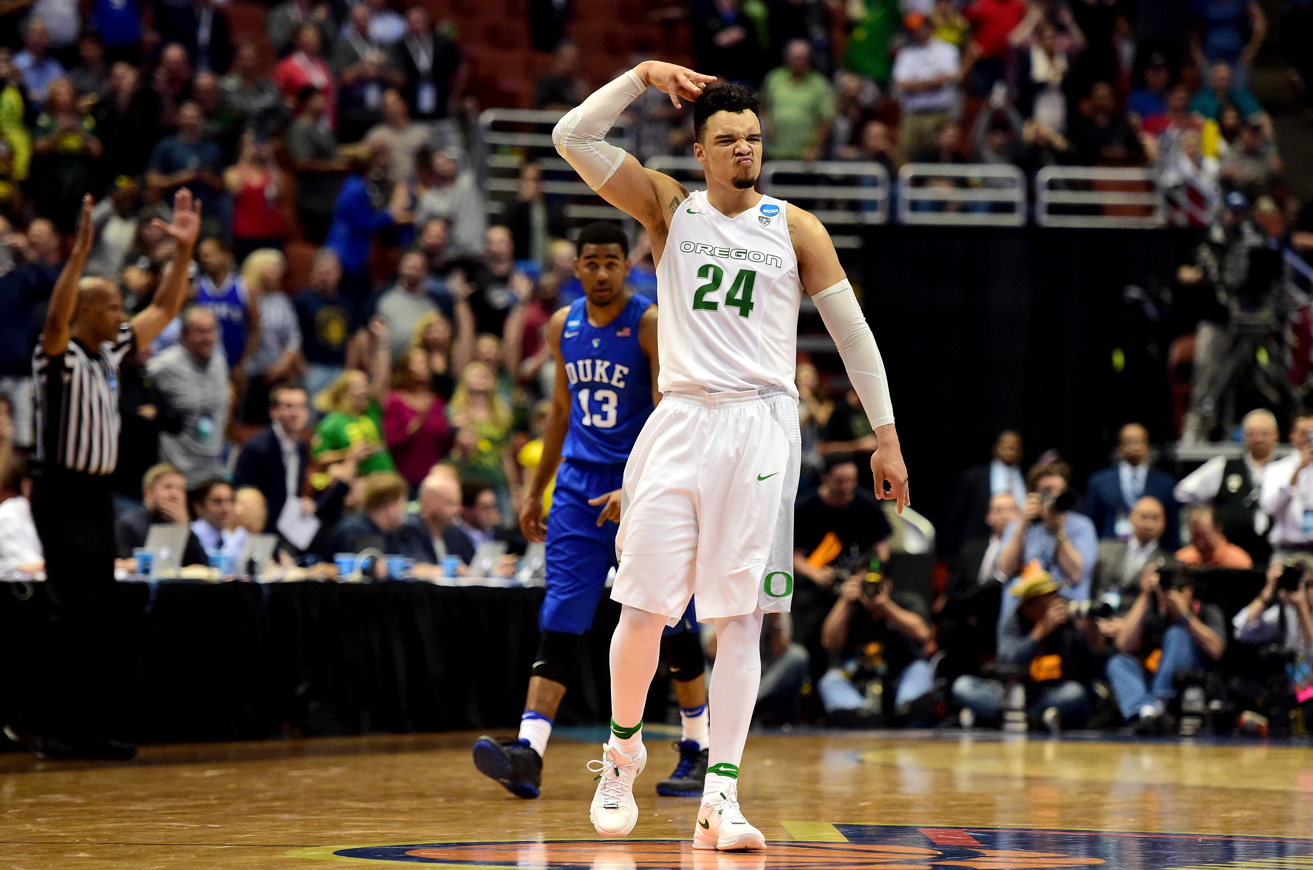 What did Coach K say to Oregon's Dillon Brooks after Sweet ...