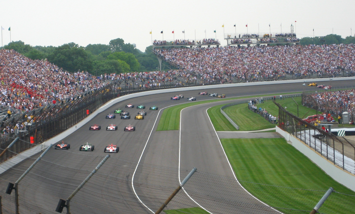 Weather plays crucial role in how IndyCars operate during the Indy 500